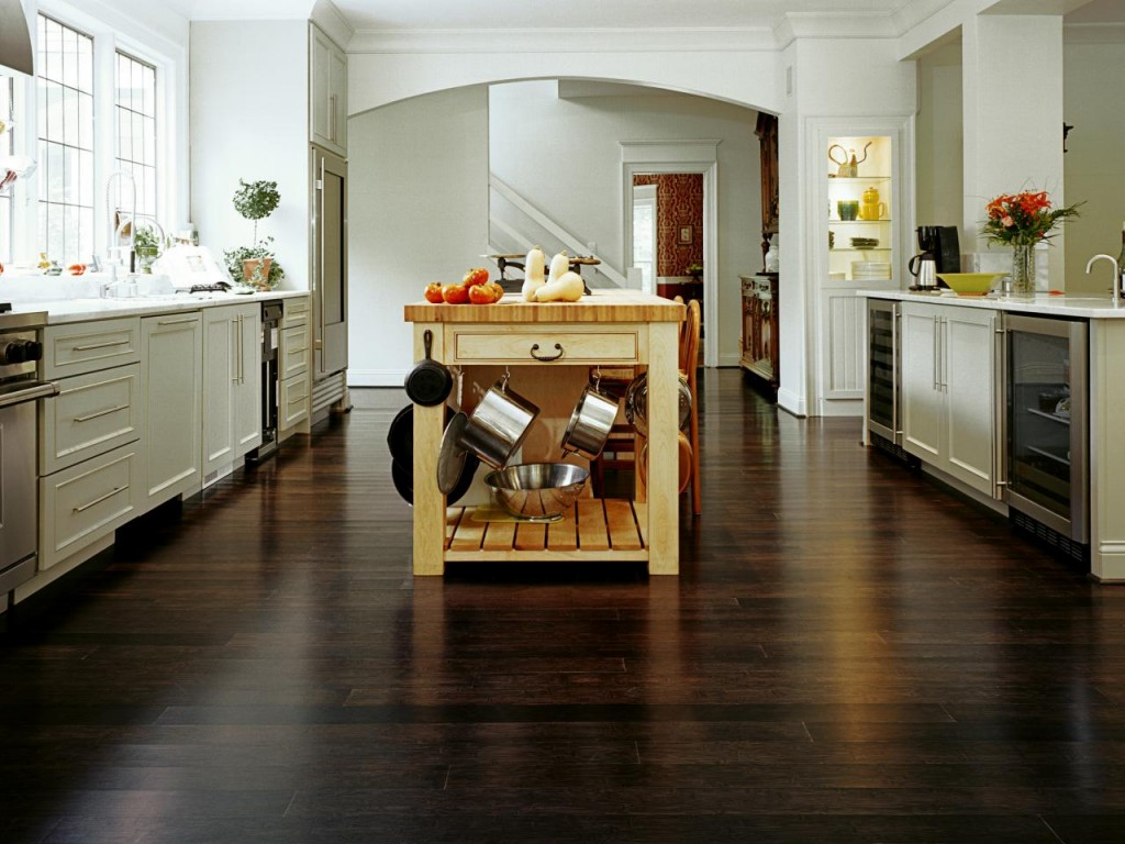 SP0792_island-over-floor_s4x3.jpg.rend.hgtvcom.1280.960